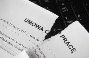 Czy ZUS może unieważnić umowę o pracę?